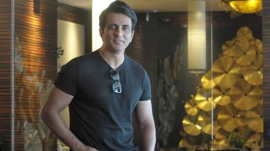 Actor Sonu Sood poses for a photo. (Photo: Ravi Kumar/HT)
