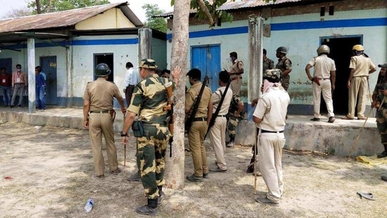 Security personnel keep vigil at a polling station at Sitalkuchi in West Bengal's Cooch Behar district. (PTI / File Photo)