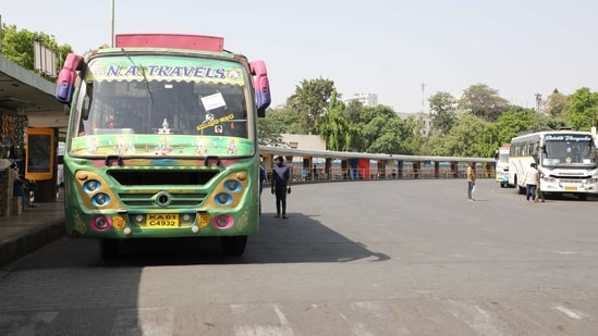 Privates buses ferrying stranded passengers from Majestic city Bus Stand during a strike called by KSRTC and BMTC, in Bengaluru.(File photo)