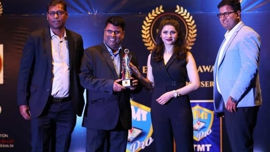 The evening was graced by the Rock On!! Star, Prachi Desai to felicitate the honorable awardees.(Digpu)
