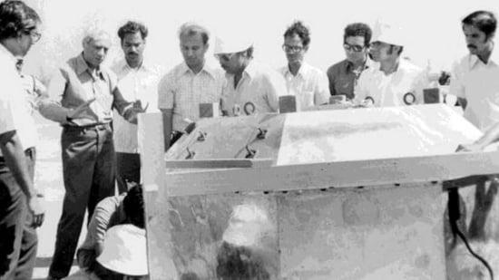 ISRO chief Satish Dhawan (second from left) inspecting the wooden model of the Aryabhata in Peenya Bengaluru in 1972(Photo courtesy: ISRO)