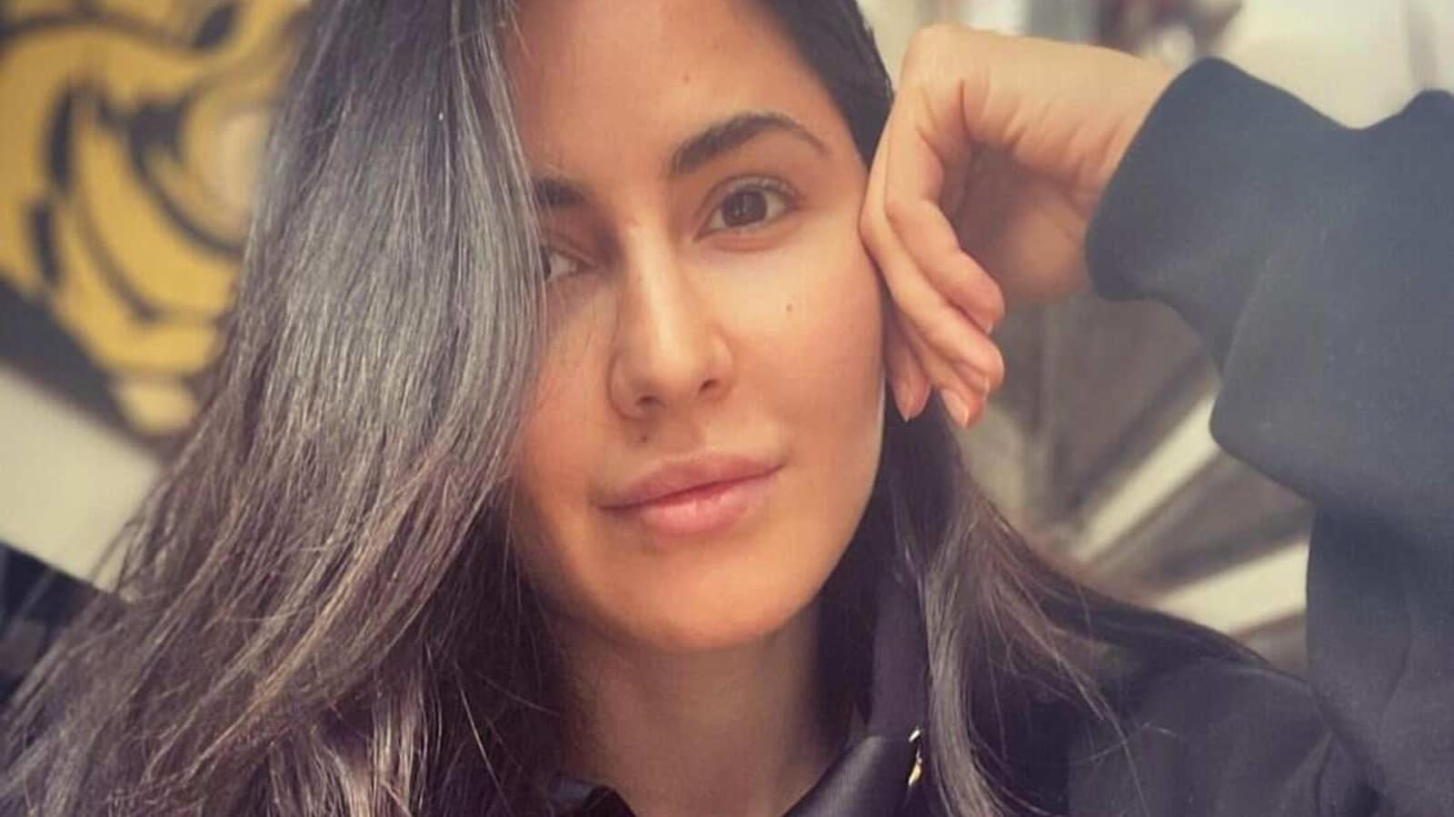 Katrina Kaif drops no-makeup selfie from her time in Covid-19 quarantine, fans call her 'fabulous' - Hindustan Times