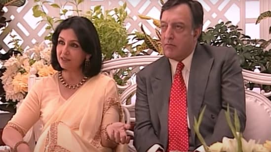 Sharmila Tagore has spoken about whether she was also blamed for late husband Masoor Ali Khan Pataudi's bad performance on field.