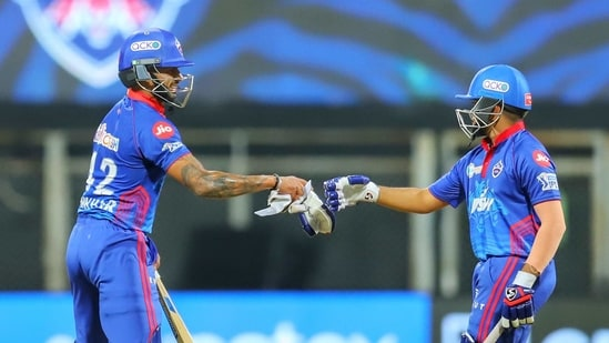 Shikhar Dhawan and Prithvi Shaw of Delhi Capitals.