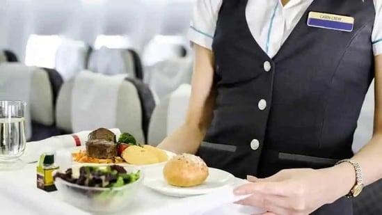 As domestic flights resumed on May 25 last year, the MoCA had allowed in-flight meals under certain conditions. (Shutterstock Image )