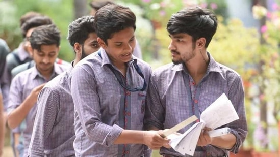 The decision of the Telangana government to postpone Class 12 and cancel class 10 exams follows the notification issued by the Central Board of Secondary Education, which made a similar announcement on Wednesday.(Sanchit Khanna/HT File)