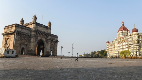 Gateway of India wears a deserted look following restrictions imposed by the state government, amidst rising Covid-19 cases, in Mumbai.(Kunal Patil / PTI)