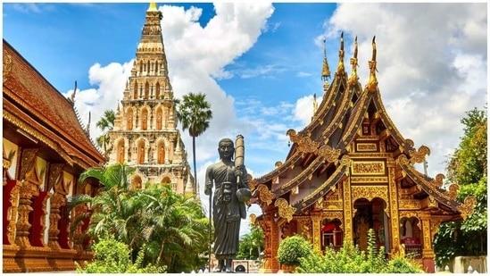 Thailand to tighten curbs as virus flareup imperils tourism plan(Unsplash)