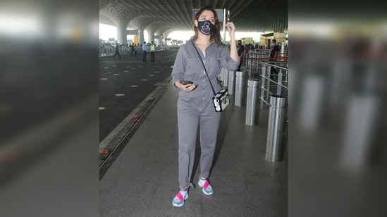 What do you think about Tamannaah's airport look?(Varinder Chawla)