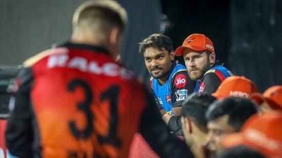 SRH's Kane Williamson (L) with pacer Sandeep Sharma(Twitter)
