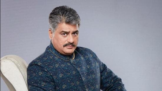 Actor Ayub Khan has been spending time at home since shooting for show, Ranju ki Betiyaan, got suspended.
