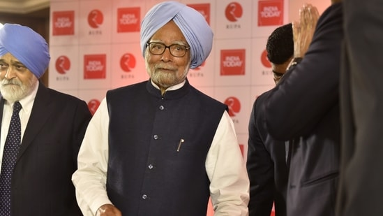 Ex-PM Manmohan Singh tests positive for Covid-19