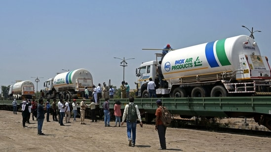 First 'Oxygen Express' headed towards Vizag with 7 empty tankers