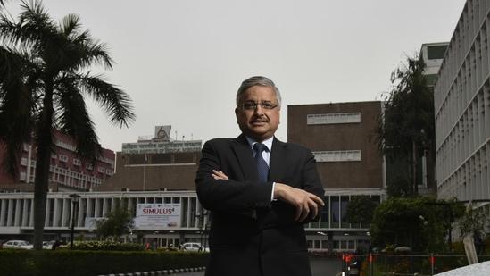 AIIMS director Dr Randeep Guleria asked doctors to administer Remdesivir wisely. (Raj K Raj/ Hindustan Times)