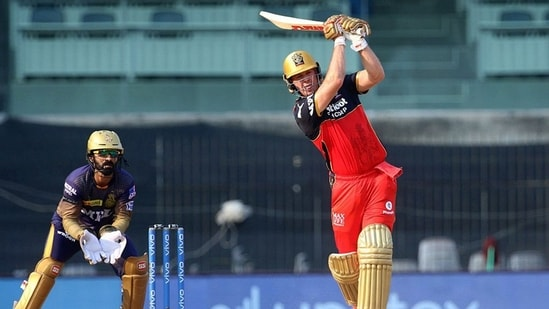 AB de Villiers of Royal Challengers Bangalore plays a shot during match 10 of the IPL 2021 against Kolkata Knight Riders(PTI)