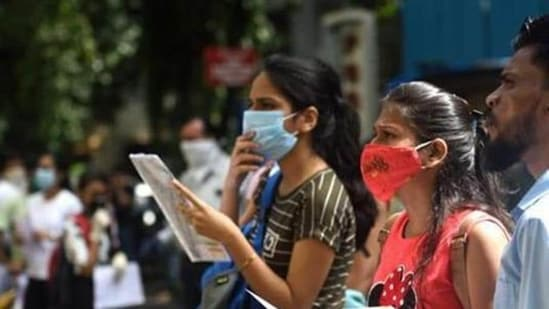 The decision to defer SSC CHSL Tier 1 exam has been taken in view of the growing number of covid-19 infections in the country.(Satish Bate/HT PHOTO)