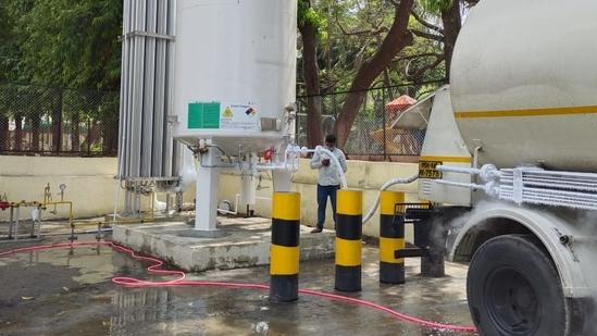 The oxygen leakage took place at Dr Zakir Hussain hospital in Nashik on Wednesday.(HT Photo)