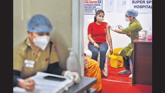 Covid-19 vaccination for all adults above 18 to begin in a liberalised and accelerated Phase 3 strategy from May 1. (Photo: Raj K Raj/HT PHOTO)