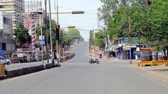 Bhopal: City streets wear a deserted look during weekend lockdown to curb COVID-19 cases in Bhopal, on Sunday, April 18, 2021. (PTI)