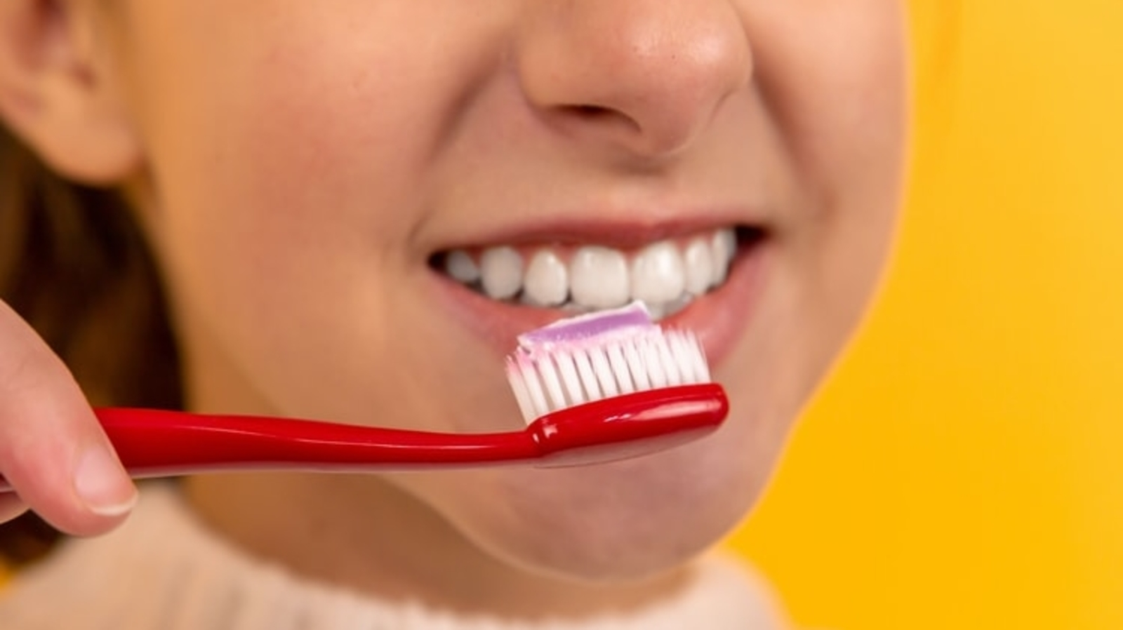 Here's how simple oral hygiene can help reduce Covid-19 weight