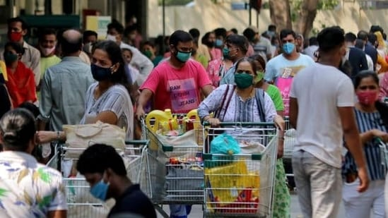 When approached about the issue of difficulties being faced by essential service providers to get passes, a Delhi government spokesperson declined to comment.(Niharika Kulkarni / REUTERS)