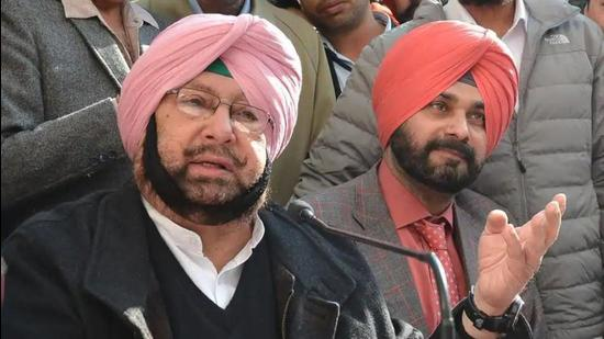 Sidhu steps up attack on Capt, questions role in sacrilege case - Hindustan Times