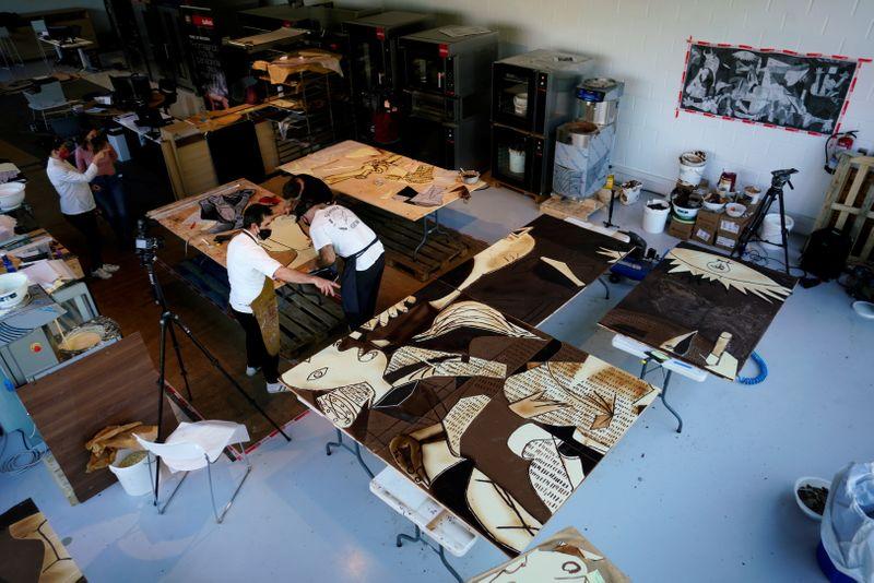 Chocolatiers in Basque recreate Pablo Picasso's masterpiece Guernica    Hindustan Times