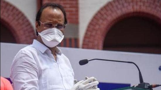 The committee, which will be headed by chief secretary Sitaram Kunte, will facilitate the process of purchasing vaccines as well as drugs like remedesivir, an anti-viral drug that is part of the Covid-19 treatment protocol, deputy chief minister Ajit Pawar said on Saturday. (Sanket Wankhade/HT PHOTO)