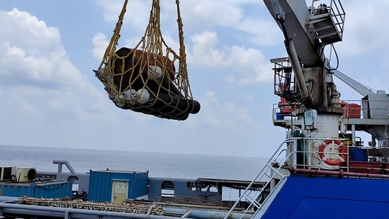 Pitching in to fight the Covid-19 crisis that had led to a virtual collapse of the country's healthcare set up, an Indian warship on Sunday left Kochi with essential medical supplies to provide assistance to the Lakshadweep administration (PTI Photo)(PTI)