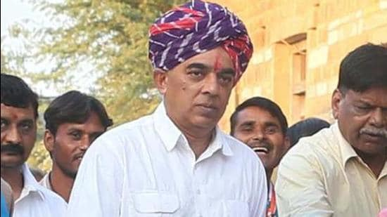 Congress leader Manvendra Singh is one of the two party leaders to have called for a fair probe in the Barmer encounter.(HT File Photo)