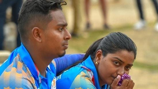 Indian archers Deepika Kumari and Atanu Das.(PTI)