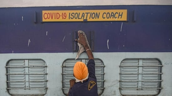 The railways' Covid care coaches have registered 17 admissions and six discharges, and presently 70 patients are utilizing the isolation coaches facility, as per the latest reports.(Biplov Bhuyan/HT file photo)