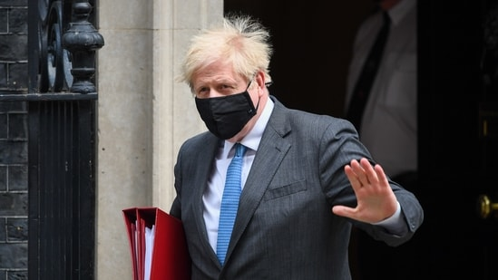 Boris Johnson, UK prime minister, departs from number 10 Downing Street on his way to Parliament in London.(Bloomberg)