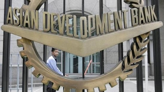 ADB said the vaccine drive and large government stimulus will help economic activity continue to recover.(HT Photo)