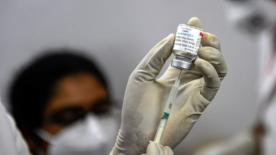 The Centre on April 19 had announced a ''liberalised'' policy, making all above 18 years of age eligible to get vaccinated from May 1.(PTI)