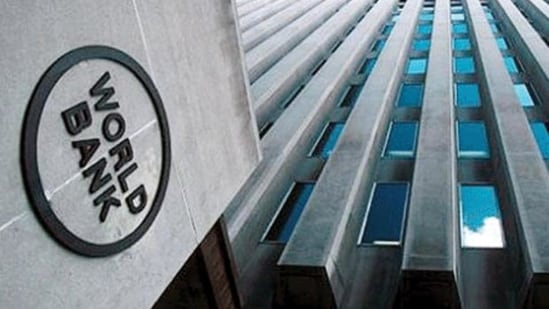 The World Bank's projections say that average crude oil prices could reach $56 and $60 per barrel in 2021 and 2022.(File photo)