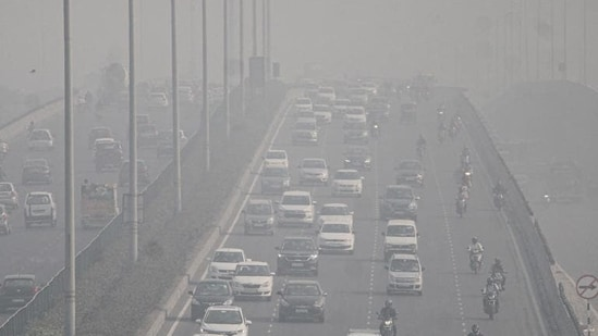 According to SAFAR, the AQI for Noida is likely to slightly improve on Friday.(PTI)