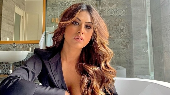 Nia Sharma asked 'woke' celebrities urging everyone to get vaccinated to name centres where vaccines were available.