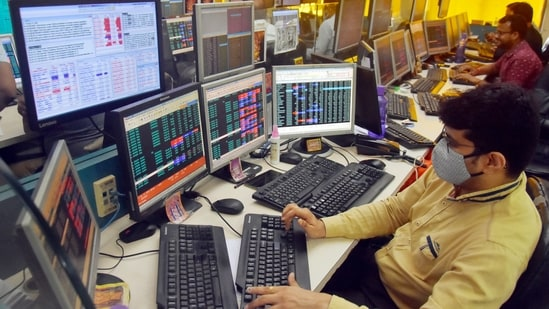 Shareholders react as Sensex and Nifty trade in the red. (ANI Photo)