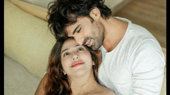 """Mohit Malik and Aditi Shirwaikar Malik posted on Instagram and wrote, """"Dear Universe, Thank you for this blessing! Thank you for these midnight cries and all that comes with it."""" (Photo: Instagram)"""