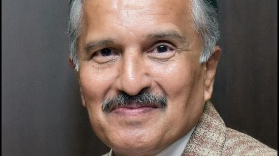Group Captain DP Apte (retd) served as engineer-manager-leader in the India Air Force (IAF) for 25 years. (HT)