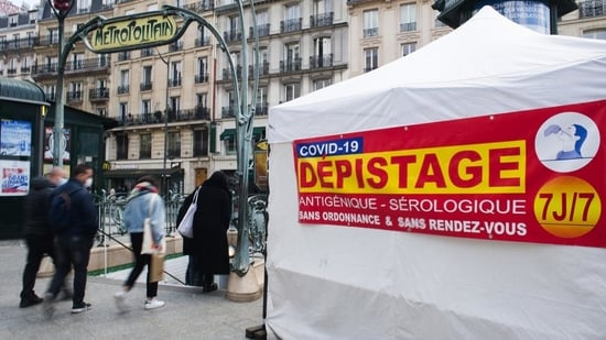 Authorities are seeking to trace the contacts and investigating other suspected cases. In picture - Travelers enter a metro railway station beside a Covid-19 rapid testing tent in Paris, France.(Bloomberg | Representational image)