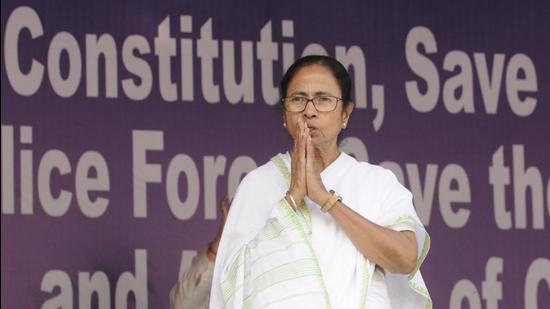Kolkata, India - Feb. 05, 2019: West Bengal Chief Minister Mamata Banerjee briefs media at Satyagraha Manch in Kolkata, West Bengal, India, on Tuesday, February 05, 2019. (Photo by Samir Jana/Hindustan Times)