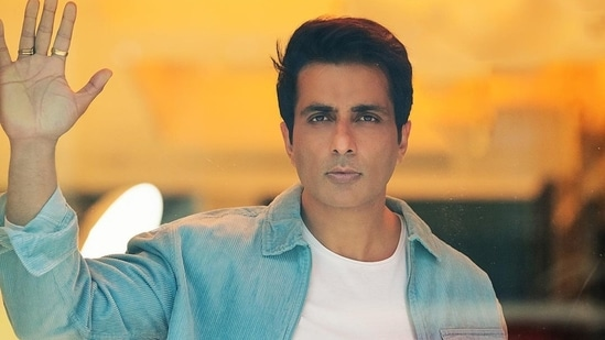 Sonu Sood has been helping Covid-19 patients get hospital beds and oxygen supplies.