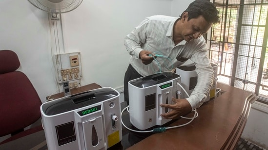 Using an oxygen concentrator correctly is no easy task, and proper guidance is necessary for treating Covid-19 patients at home. (File Photo)