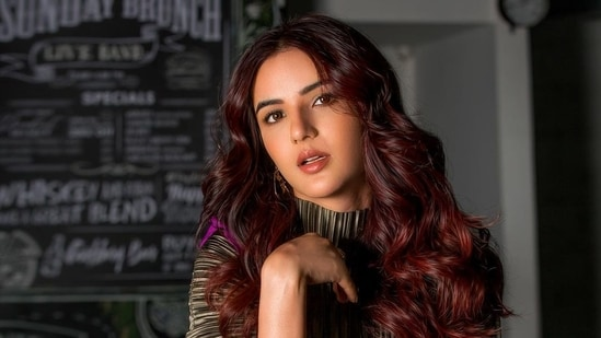 Jasmin Bhasin had earlier talked about having suicidal thoughts during her struggling days.