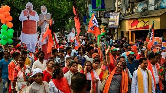 BJP supporters at a rally in Kolkata on April 5. (AP Photo/Bikas Das)(AP)