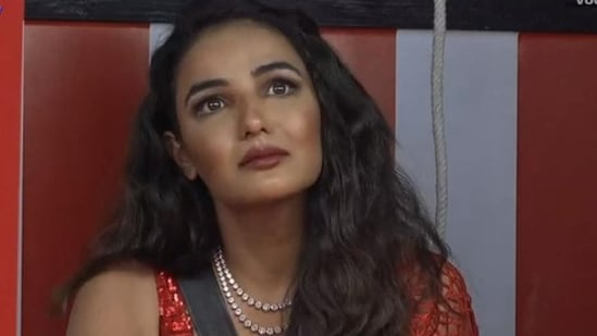 Bigg Boss 14's Jasmin Bhasin is disappointed with the system.