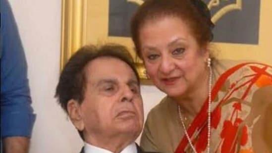 Dilip Kumar poses with wife Saira Banu.