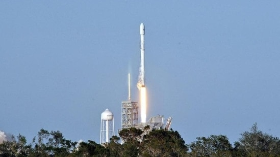 SpaceX targeted a splashdown around 3 am Sunday in the Gulf of Mexico off the coast of Panama City, Florida(AFP)